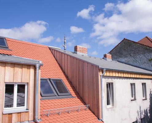 Bild Ansicht Vorderhaus Dach 2018